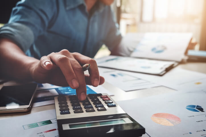 5 Easy Strategies To Manage Your Investments