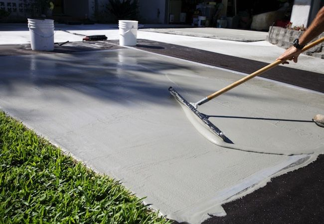 How to Clean Your Driveway and Remove Mold