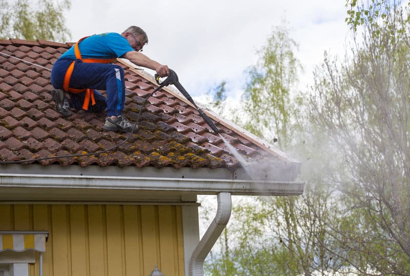 Looking for Cleaning Your Roof?