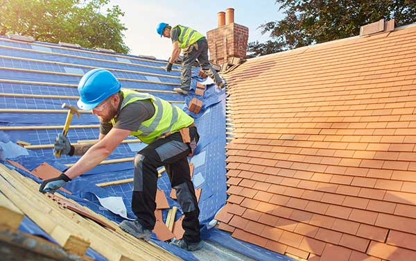 Winter Roofing Tips and Tricks